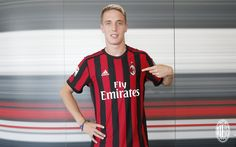 This page is dedicated on Andrea Conti. Here you can find all the details known about this great right-back, news regarding his career, video and. Andrea Conti, Transfer Window, Transfer News, Soccer News, Sport Football, Ac Milan, Wimbledon, List, Messi