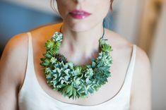 Stunning statement necklace made of live por PassionflowerToWear