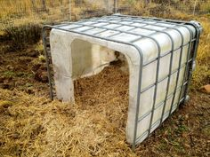 Moveable, waterproof and cozy straw-filled pig house.  I wonder if my goose would like this ... hmmmm...