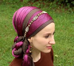 Tuck a long twist into a headband #tichel advanced move