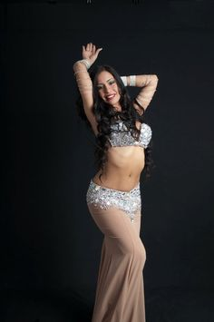 Angeles Cayunao Belly dancer