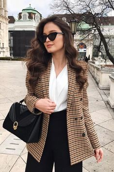 Check Cute and Comfortable Office and Work Outfits to Wear All Day Long, office outfits women young Casual Work Outfits, Business Casual Outfits, Professional Outfits, Mode Outfits, Office Outfits, Classy Outfits, Chic Outfits, Fall Outfits, Fashion Outfits