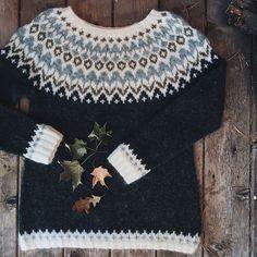 Riddari colorwork pullover sweater