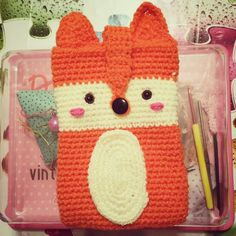 My new Fox cell Phone case!!!hand made by me!!!  I wanna make these phone cases into book bags ;3