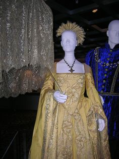 anne bolyn costume from the tudors season 2.