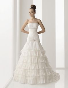 Aire Barcelona Bridal Gown Style - Natalia