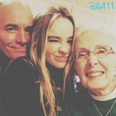 Photo: Sabrina Carpenter With Family January 2, 2015