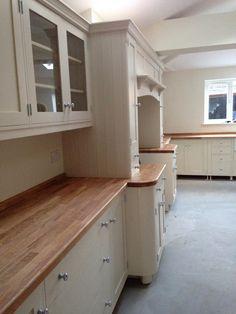51 Super Ideas For Kitchen Green Backsplash Exposed Brick Aga Kitchen, Kitchen Layout, Kitchen Design, Kitchen Wood, Kitchen On A Budget, Home Decor Kitchen, Kitchen Ideas, Kitchen Tips, Country Dining Rooms