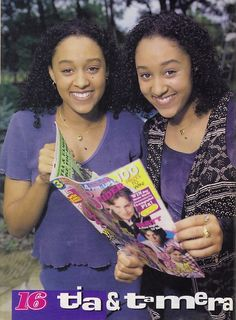 Tia and Tamera Mowry Sisters Tv Show, Tia And Tamera Mowry, Famous Twins, Celebrity Siblings, Vintage Black Glamour, Cute Twins, Black Tv, Cartoon Tv Shows, Beauty
