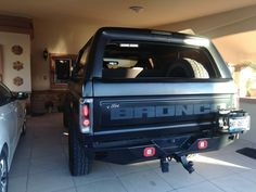 This thing is genuinely an amazing style alternative. Bronco Truck, Bronco Ii, Ford Bronco 1996, Bronco Concept, Truck Interior, Interior Ideas, Classic Bronco, Fox Body Mustang, Best 4x4