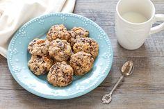 Biscotti ai fiocchi d'avena con cioccolato e ananas