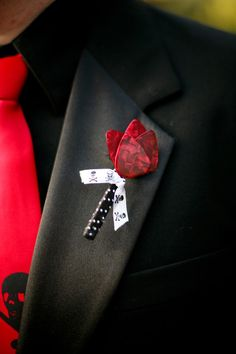 Guitar pick boutonniere Minus the skull and crossbones Red Wedding, Wedding Day, Skull Wedding, Wedding Dreams, Wedding Things, Perfect Wedding, Wedding Colors, Wedding Stuff, Royalty Wedding Theme