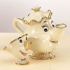 Photo: It's Tea Time! Among the most memorable tea cups and tea pots in any movie, don't you think? :)Among the most memorable tea cups and tea pots in any movie, don't you think? Deco Disney, Disney Belle, Disney Princess, Disney Figurines, Collectible Figurines, Cute Kitchen, Teapots And Cups, Chocolate Pots, High Tea