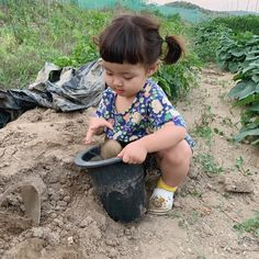Korean Babies, Asian Babies, Korean Girl, Cute Kids, Cute Babies, Big Cheeks, Cute Baby Girl Pictures, Ulzzang Kids, Autumn Aesthetic