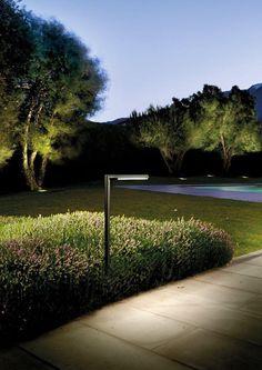 6 Outdoor Solar Stone Outlooking Garden Yard Pool Borders Bollard LED Light