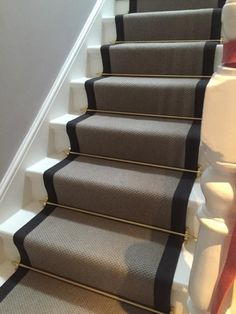 Merveilleux Grey Carpet With Black Border And Golden Stair Rods To Stairs More