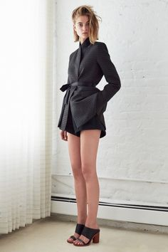 Ellery Resort 2015 Fashion Show - Bo Don Look Fashion, Runway Fashion, Fashion News, Fashion Show, Resort 2015, So Little Time, Beautiful Outfits, Poses, Ideias Fashion