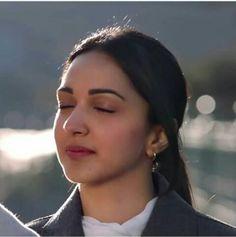 Cute or Not? Indian Actress Images, Indian Actresses, Turkish Beauty, Indian Beauty, Beautiful Gorgeous, Beautiful Models, Kaira Advani, Kiara Advani Hot, Captain America Wallpaper