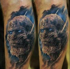 """Tatuaże z motywem z """"Gry o tron"""""""