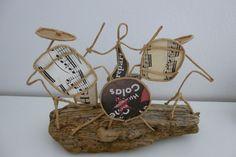 Petit garçon la batterie - figurine en ficelle et papier : Accessoires de maison par ficelleetpapier