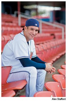 I don't like baseball players based off their looks but Grady Sizemore is an exception. His smile 😍 Indians Baseball, Baseball Boys, Baseball Pants, Hot Baseball Players, Female Friends, Good Looking Men, No One Loves Me, Sport Girl