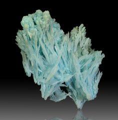 "bijoux-et-mineraux: ""Aragonite and Ktenasite - Jean Baptiste mine, Lavrion, Attica, Sterea Ellada, Greece """
