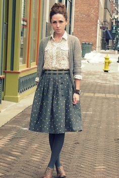 Moda outono/inverno - Como usar meia-calça cinza