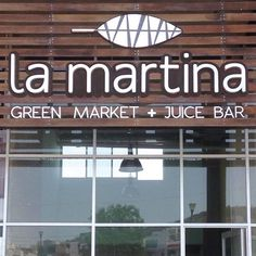 La Martina - Green Market & Juice Bar Sign. Based in Querétaro, Mx. We created this green leaf and clean logo design to stand out a fresh brand for the fresh products they offer. Design by MENTO.