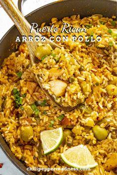 Goya Sofrito Recipe, Goya Recipe, Pollo Recipe, Lunch Recipes, Easy Dinner Recipes, Healthy Recipes, Summer Recipes, Fall Recipes, Spicy Chicken Recipes