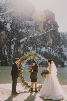 Outdoor elopement at Lago di Braies. Lake in the Dolomite mountains. Outdoor shooting. Intimate shooting in Italy. Elopement in the mountain. Elopement Inspiration, Elopements, People, Italy, Mountains, Couple Photos, Couples, Photography, Outdoor