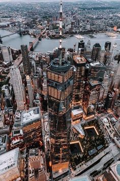 aerial photography of high rise building at nighttime \ photo – Free City Image on Unsplash City Aesthetic, Travel Aesthetic, Aesthetic Photo, Aesthetic Pictures, Aesthetic Grunge, Aesthetic Outfit, Aesthetic Vintage, Building Aesthetic, Night Aesthetic