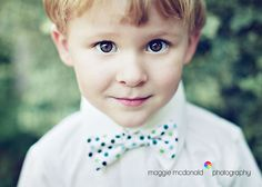 #Bow ties on little boys are the cutest thing! What to wear for a photo shoot: kiddos.