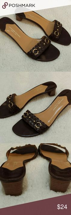🎉 Final Sale Adrienne Vittadini Sandals All leather, made in Italy, brown braided band with gold accents Adrienne Vittadini Shoes Sandals