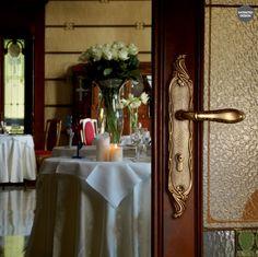 Türgriff mit Rosette oder Langschild, für (BB),(PZ), oder Bad / WC. Mit passende Fensterbeschläge, Fenstergriffe. Verfügbar in: Zinn, franzözischem Gold, vergoldet und matt patiniert Ausführungen.