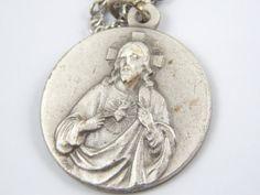Vintage Sacred Heart of Jesus Catholic Medal Neckalce
