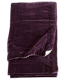 Sengetæppe i skinnnende viskosemateriale med kontrastfarvet bagside i bomuldskvalitet.  H&M DK