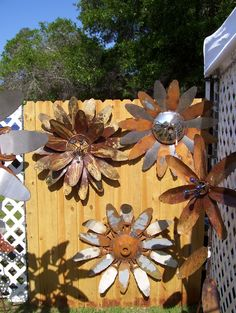 Rustic ReDiscovered: Mike's Metal Flowers