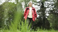 A home-based walking program benefits people with poor blood circulation in their legs, a new study finds.