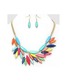 Adorn By LuLu   LoLa Necklace Set #shoplulu #refreshwhatyoualreadyown  #statementnecklace #spring #