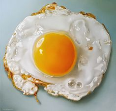 This is an oil painting, the mouth watering work of hyper-realistic Dutch artist Tjalf Sparnaay. Tjalf is considered one of the most important painters working the field of 'mega-realism', which is part of the global art movement of hyper realism. Tjalf Sparnaay, Hyper Realistic Paintings, Detailed Paintings, Huevos Fritos, Food Painting, Painting Eggs, Painting Flowers, Food Drawing, Drawing Eyes