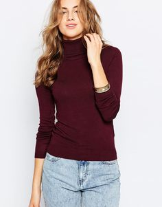 You guys know I love high neck jumpers. This one is super for Christmas because of the colour. Find it here: http://asos.do/5cBHTk