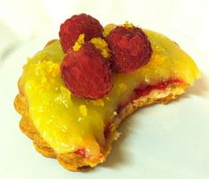 Lemon Raspberry Tarts | Caroline's Edible Creations