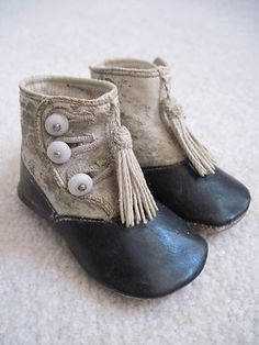 Vintage Button Baby Shoes