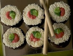 For an Asian inspired party or wedding favor treat our #Sushi Takeout Chocolate Dipped Rice Krispy Treat #wedding #favors are sure to be a hit!  Each box contains 6 pieces of rice krispy Sushi plus a pair of chopsticks.  Packed in a clear box perfect for presentation.