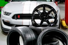 Ford Makes Carbon Fiber Wheels with Space Shuttle Technology