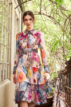 Marchesa Resort 2020 Fashion Show The complete Marchesa Resort 2020 fashion show now on Vogue Runway. - Marchesa Resort 2020 Fashion Show - Vogue Fashion Trends 2018, Fashion 2020, Look Fashion, Runway Fashion, Fashion Show, Vogue Fashion, Fashion Ideas, Womens Fashion, Fall Fashion