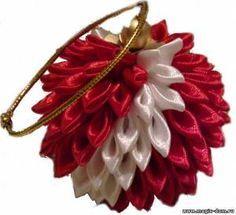 Home sorceress - Workshop MK-kanzashi ball on the Christmas tree (author anansy)