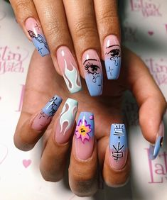 42 Sophisticated Grunge Nails Ideas Can Make You Looks More Elegant Best Picture For nail trendy 202 Edgy Nails, Grunge Nails, Dope Nails, Stylish Nails, Swag Nails, Halloween Acrylic Nails, Summer Acrylic Nails, Best Acrylic Nails, Summer Nails