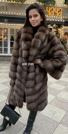 High Leather Boots, Leather Gloves, Fur Fashion, Womens Fashion, Sable Fur Coat, Mens Fur, Gareth Pugh, Riga, Fur Jacket