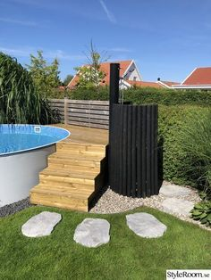 Pool, wooden deck, stepstone, outdoor shower, stairs - # outdoor shower deck The Effective Pictures We Offer You About Stairs contemporany A quality picture can te Piscina Pallet, Piscina Diy, Wooden Terrace, Wooden Decks, Wooden Stairs, Above Ground Pool Decks, In Ground Pools, Backyard Pool Landscaping, Backyard Ideas
